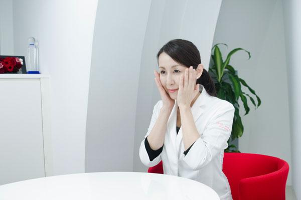 曽山聖子 医師(美容皮膚科医)インタビュー風景