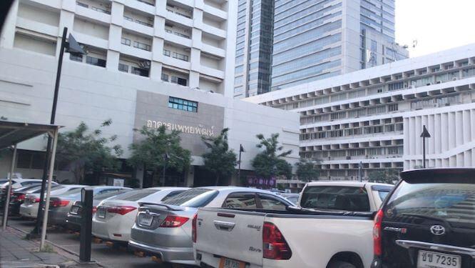 バンコクでの解剖実習とヤンヒー病院